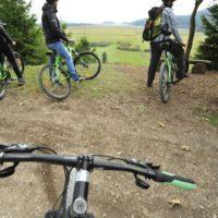 kolesarjenje-po-progi-kacji-pastir_800x600