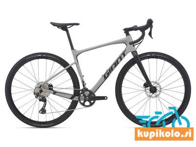 Giant Gravel kolo Giant Revolt Advanced 1 2021