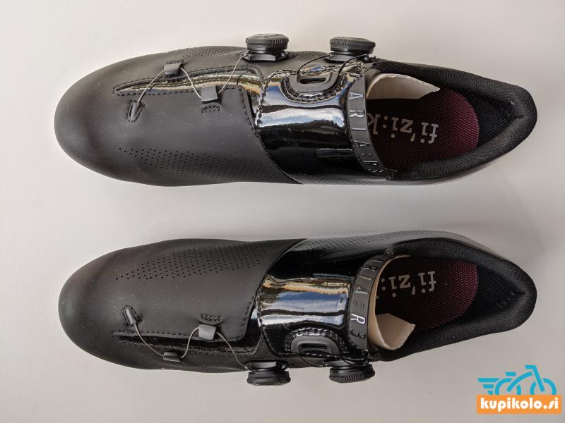 Kolesarski čevlji Fizik Aria R3 št. 46